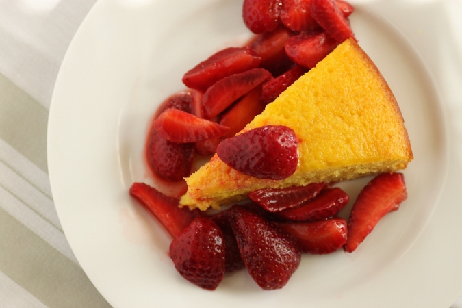Yogurt Cake with Strawberries